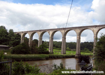 Railway viaduct bridge over the River Tamar at Calstock, Cornwall, England