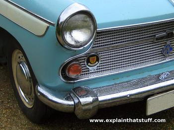 Photo of an old Austin Cambridge car with chromium fenders and trim.