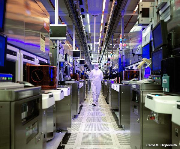 Inside Intel's chip-making plant in Chandler, Arizona