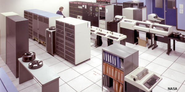 Photo of mainframe computer c.1990 by NASA