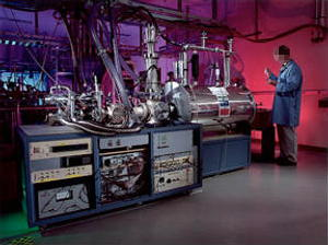 Photo: The 7-tesla fourier transform ion cyclotron resonance (FTICR) mass spectrometer.