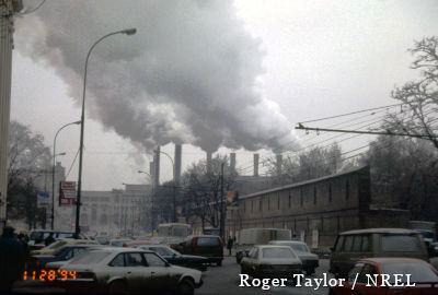 Pollution from smokestacks in Moscow, Russia, 1994. Photo by Roger Taylor NREL