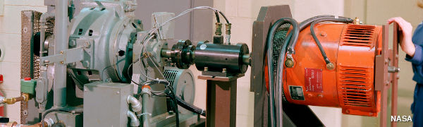 Measuring the power of an electric motor with a dynamometer