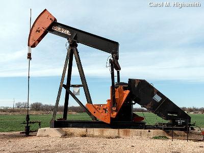 Nodding donkey oil pump