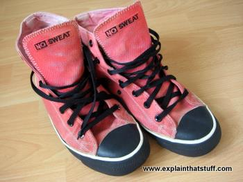 Fair trade NO SWEAT red hi-top hemp sneakers