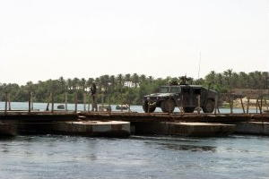 Pontoon bridge in Iraq