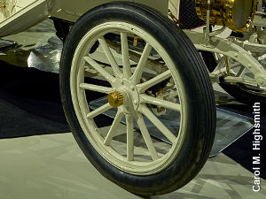 Old-fashioned car wheel with spokes on 1909 Sterling Model K car