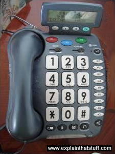 Modern large-button telephone