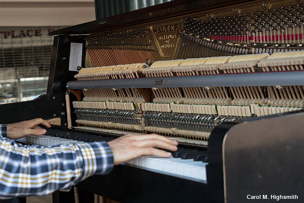 Inside the mechanism of an upright piano. Photo by Carol M. Highsmith