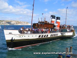 PS Waverley steam ship pulling into Swanage Pier, September 2009
